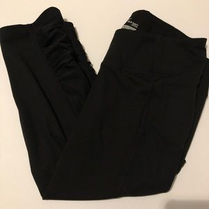 Old Navy Active Cropped Workout Leggings Size XL